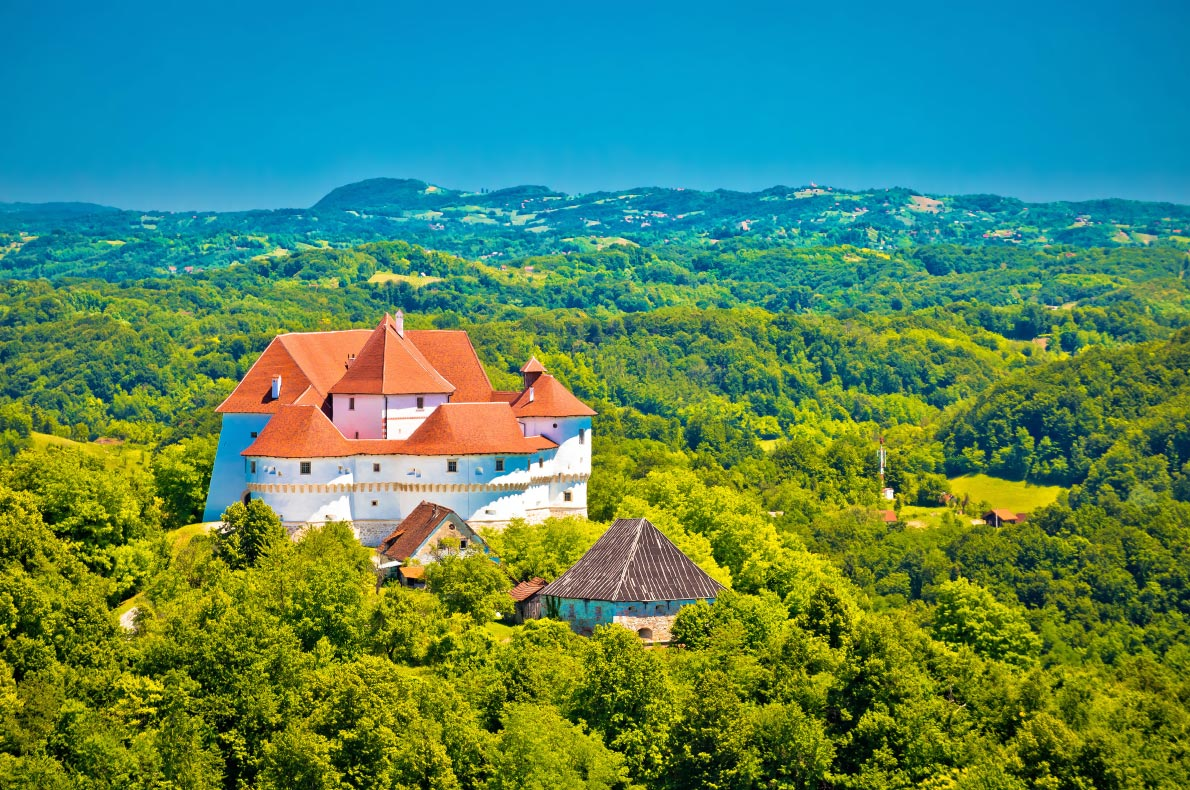 Best Castles in Croatia - Veliki Tabor - Copyright xbrchx - European Best Destinations