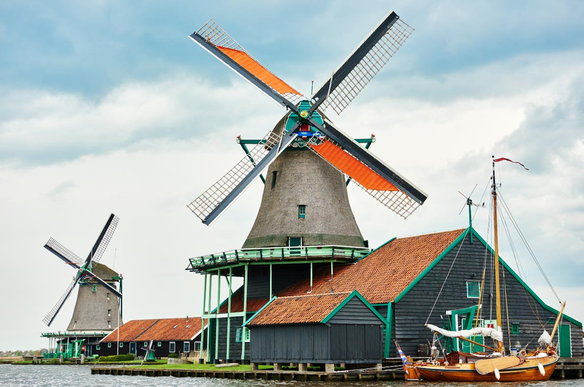 Best places to visit in the Netherlands - Zaanse Schans - Copyright Dmitry Kalinovsky - European Best Destinations