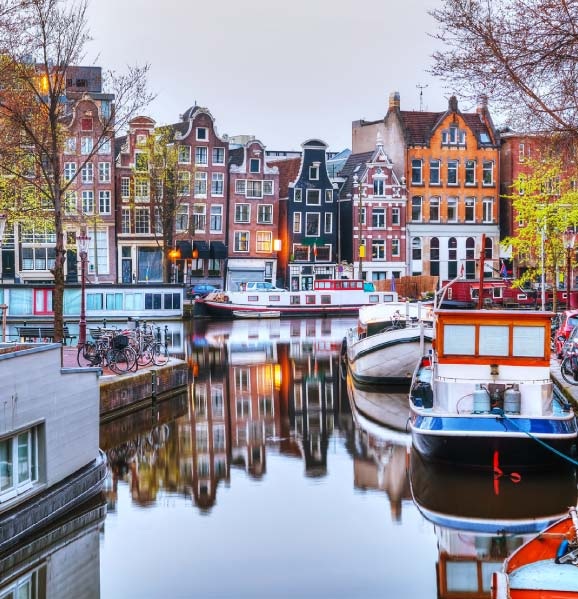 Tourism-in-Amsterdam-Netherlands