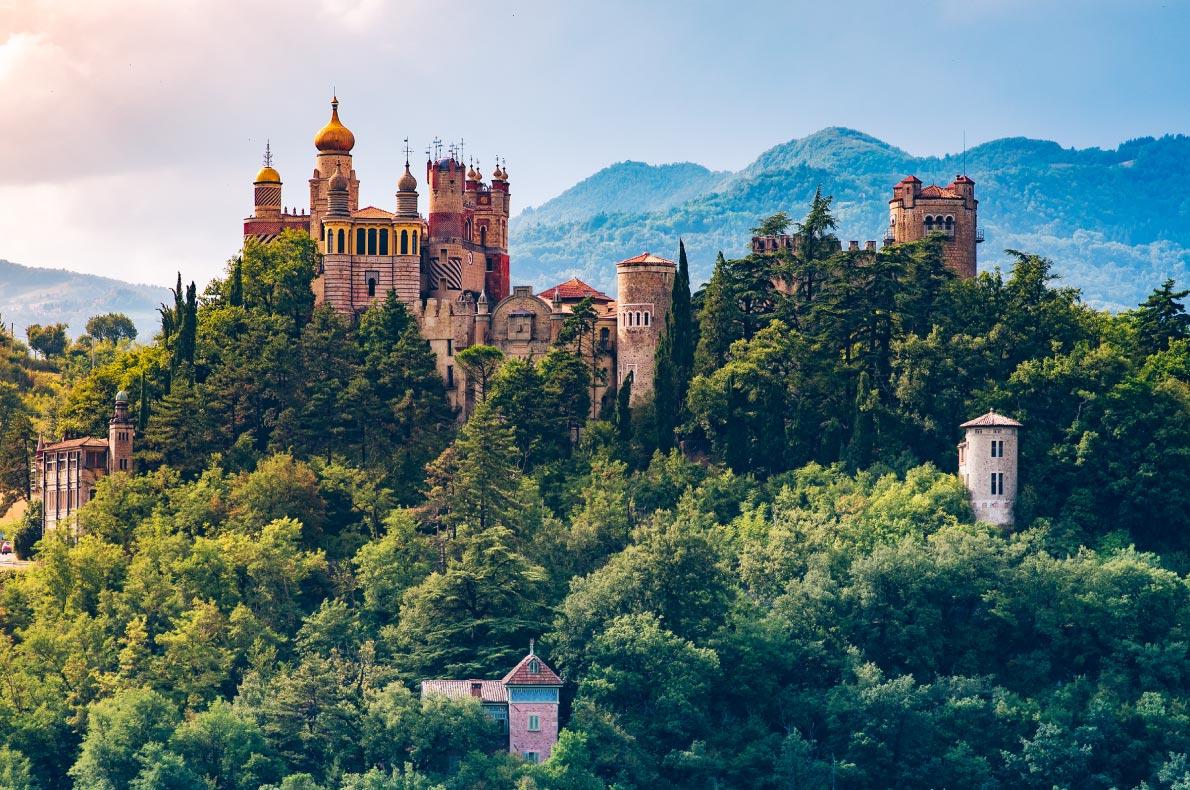 Best castles in Italy - Rocchetta Mattei Castle Copyright Job Paguadan  - European Best Destinations