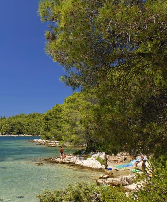 Stari-Grad-tourism-Croatia