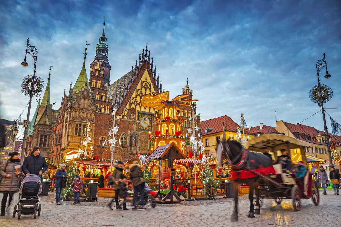 Best Christmas Markets in Poland - Wroclaw Christmas Market copyright  Mariia Golovianko  - European Best Destinations
