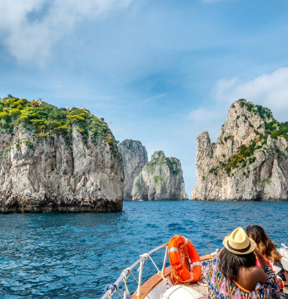 capri-romantic-destination-italy