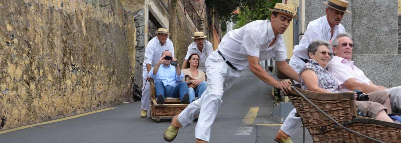 sledge-ride-carros-cestos-funchal-madeira-portugal