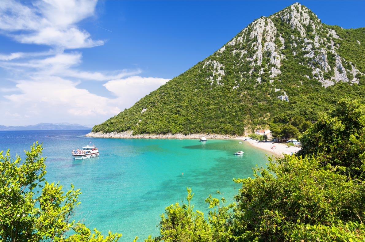 Best beaches in Croatia - Peljesac beach - Copyright lukaszimilena - European Best Destinations