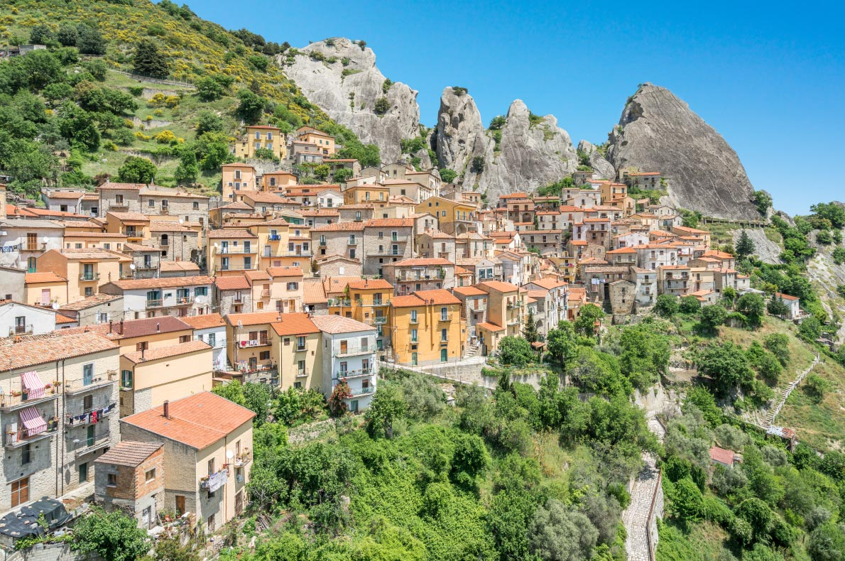 Best hidden gems in Italy - Castelmezzano Copyright Stefano_Valeri - European Best Destinations
