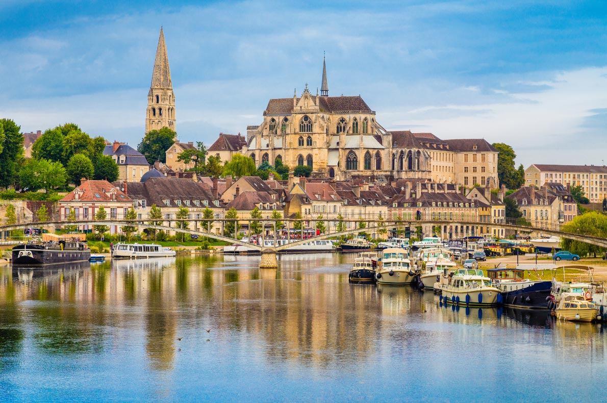 Best places to visit in France - Auxerre Copyright Canadastock - European Best Destinations
