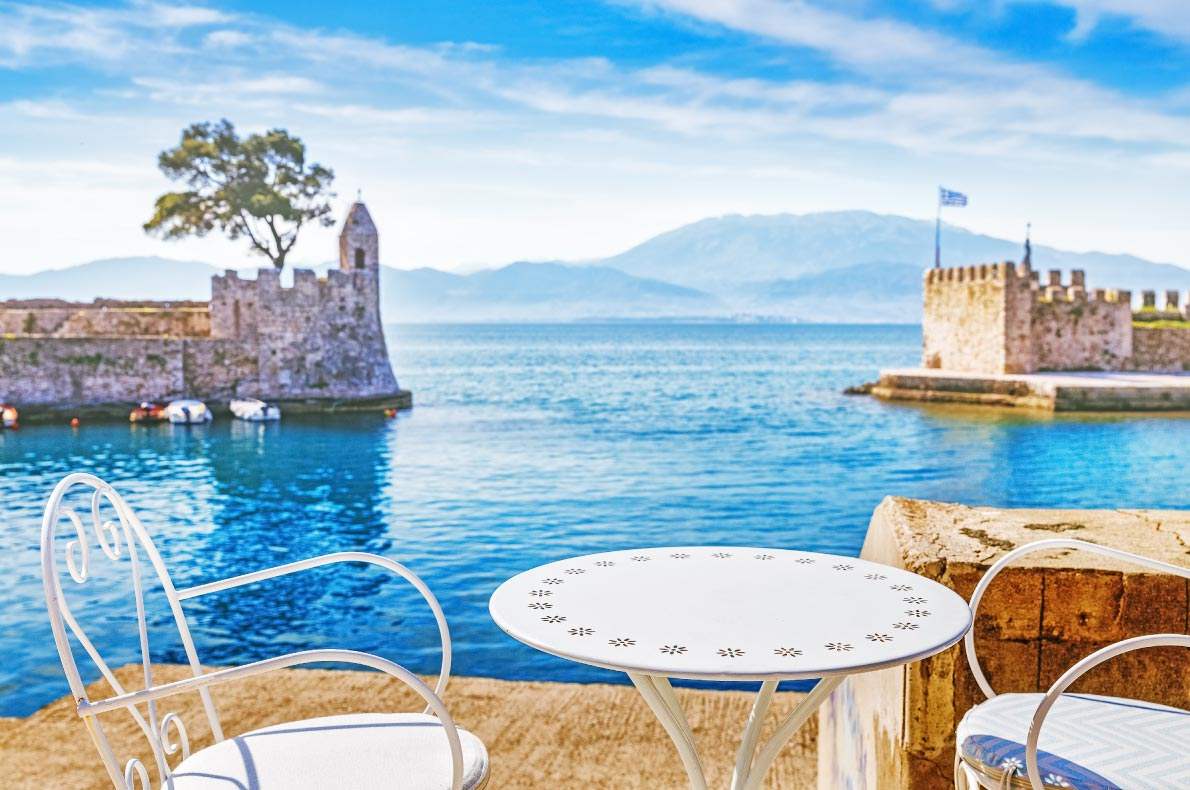 Best castles in Greece - Nafpaktos bay copyright Feel good studio  - European Best Destinations