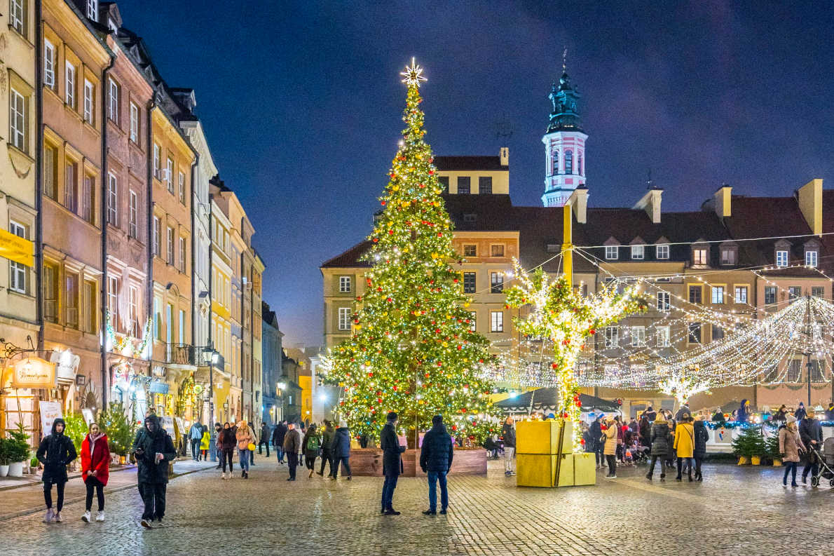 Warsaw - Best Christmas Tree in Europe - Copyright Artur Bogacki - European Best Destinations