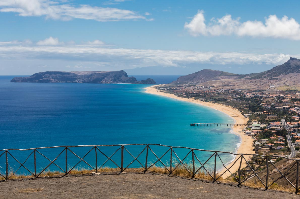 Best Viewpoints in Madeira - Porto Santo Viewpoint called portela - copyright  Cicero Castro