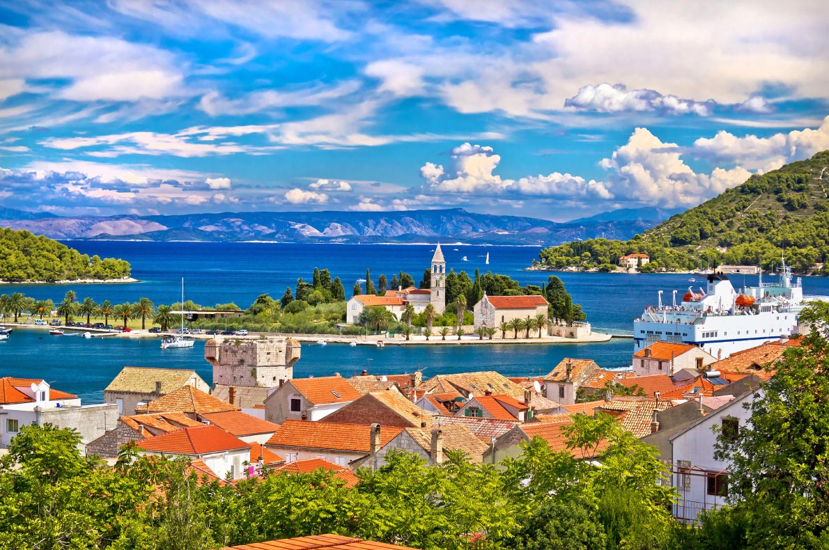 Best hidden gems in Croatia - Vis Island  - Copyright xbrchx - European Best Destinations