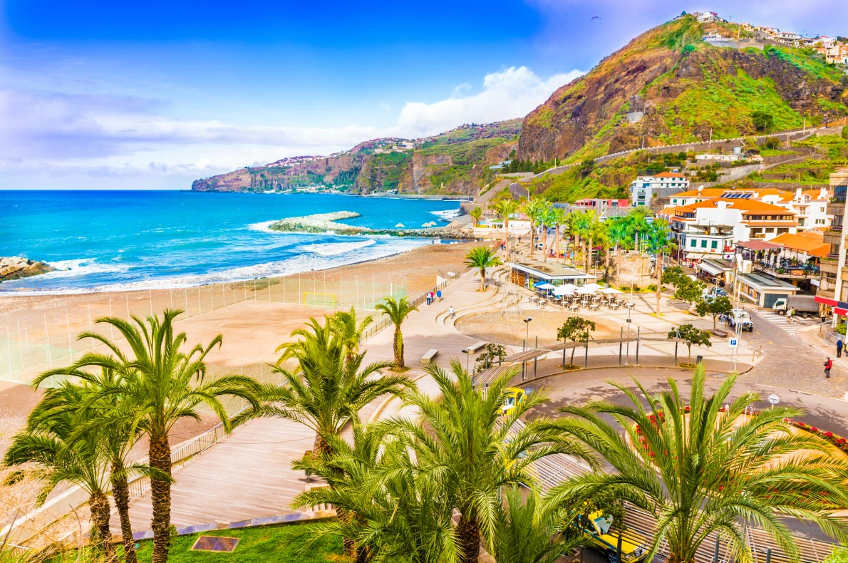 Best beaches in Madeira - Ribeira Brava Beach - Copyright Balate-Dorin