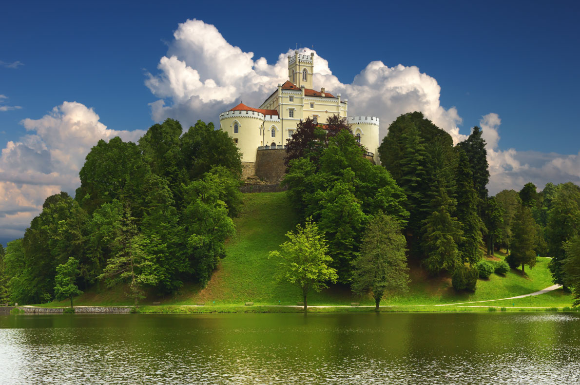 Best sustainable romantic destinations in Europe - Trakoscan  - Copyright  Phant