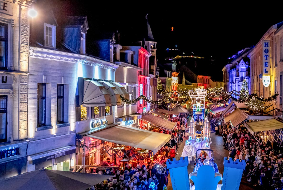 valkenburg-christmas-market-netherlands