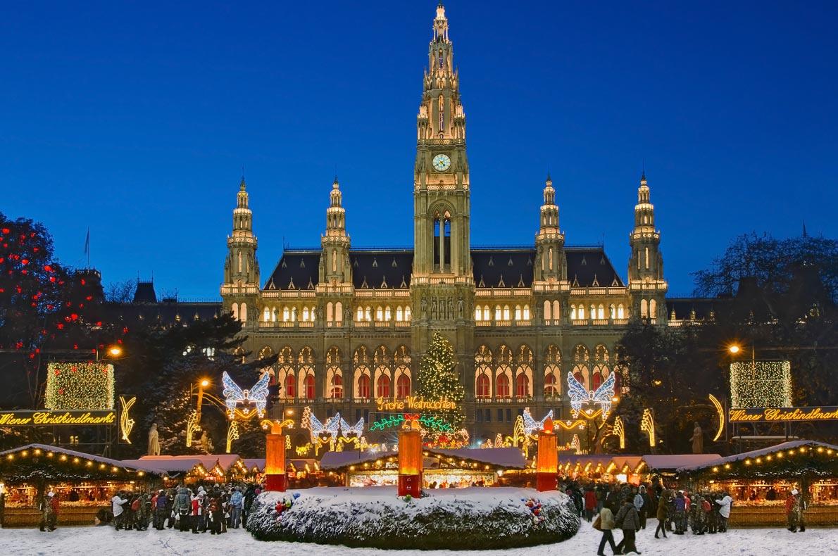 Best things to do in Austria - Vienna Xmas Market - Copyright Burben - European Best Destinations