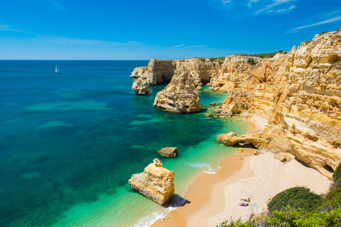 Best beaches in Portugal - Praia da Marinha - Copyright Simon Dannhauer  - European Best Destinations