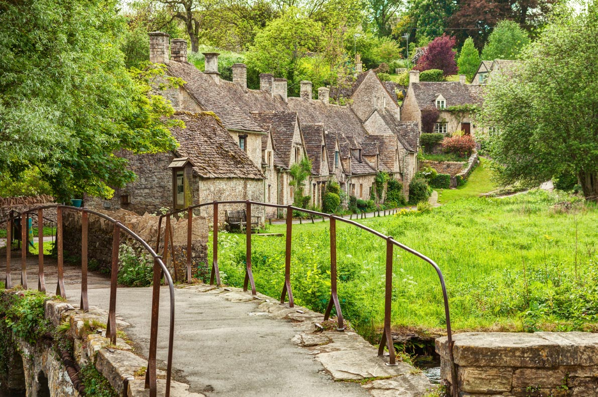 Best things to do in England - Cotswolds copyright  Nella  - European Best Destinations