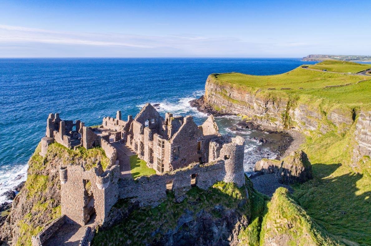 Best castles in Ireland - Dunluce Castle copyright  Nahlik  - European Best Destinations