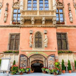 Visit the oldest restaurant in Europe