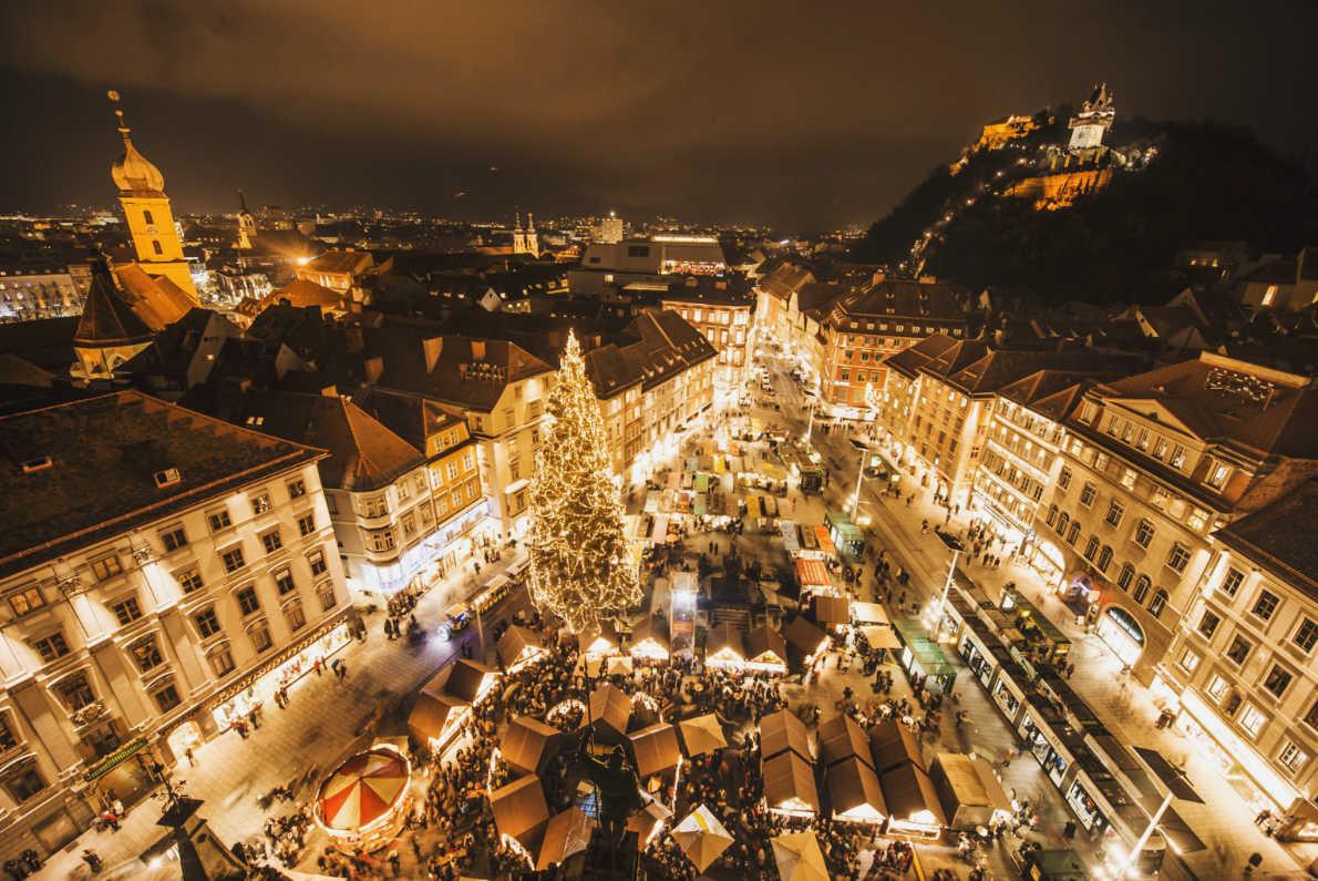 BEst Christmas MArkets in Austria- Graz Christmas Market - Copyright Graz Tourismus - Foto Fischer   - European Best Destinations