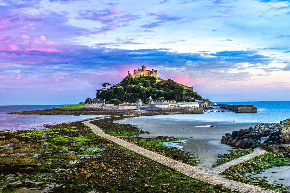 Best places to visit in England - St Michael's Mount - Copyright Pajor-Pawe - European Best Destinations