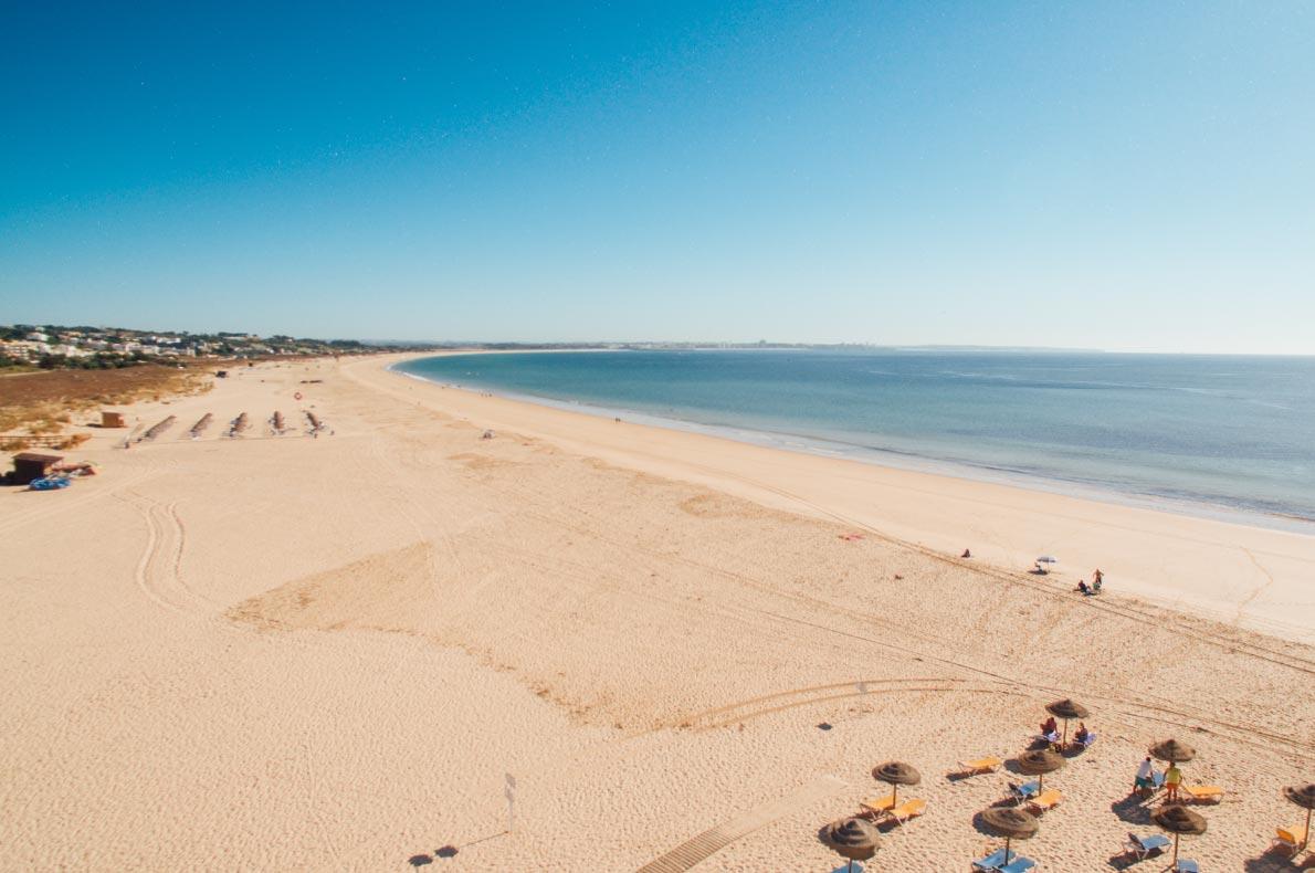 Safest and longuest beaches in Europe - Meia Praia Lagos copyright  Vitaly Fedotov - European Best Destinations