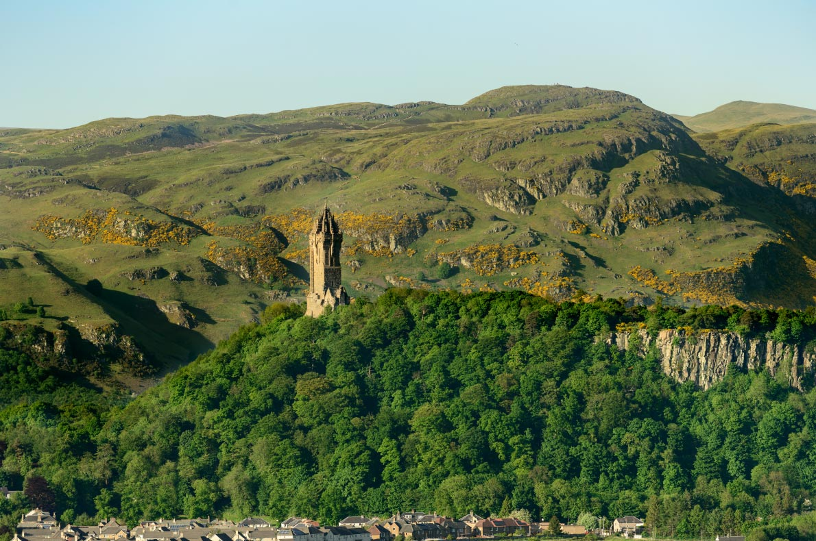 Best things to do in Scotland - The National Wallace Monument copyright  cornfield    - European Best Destinations