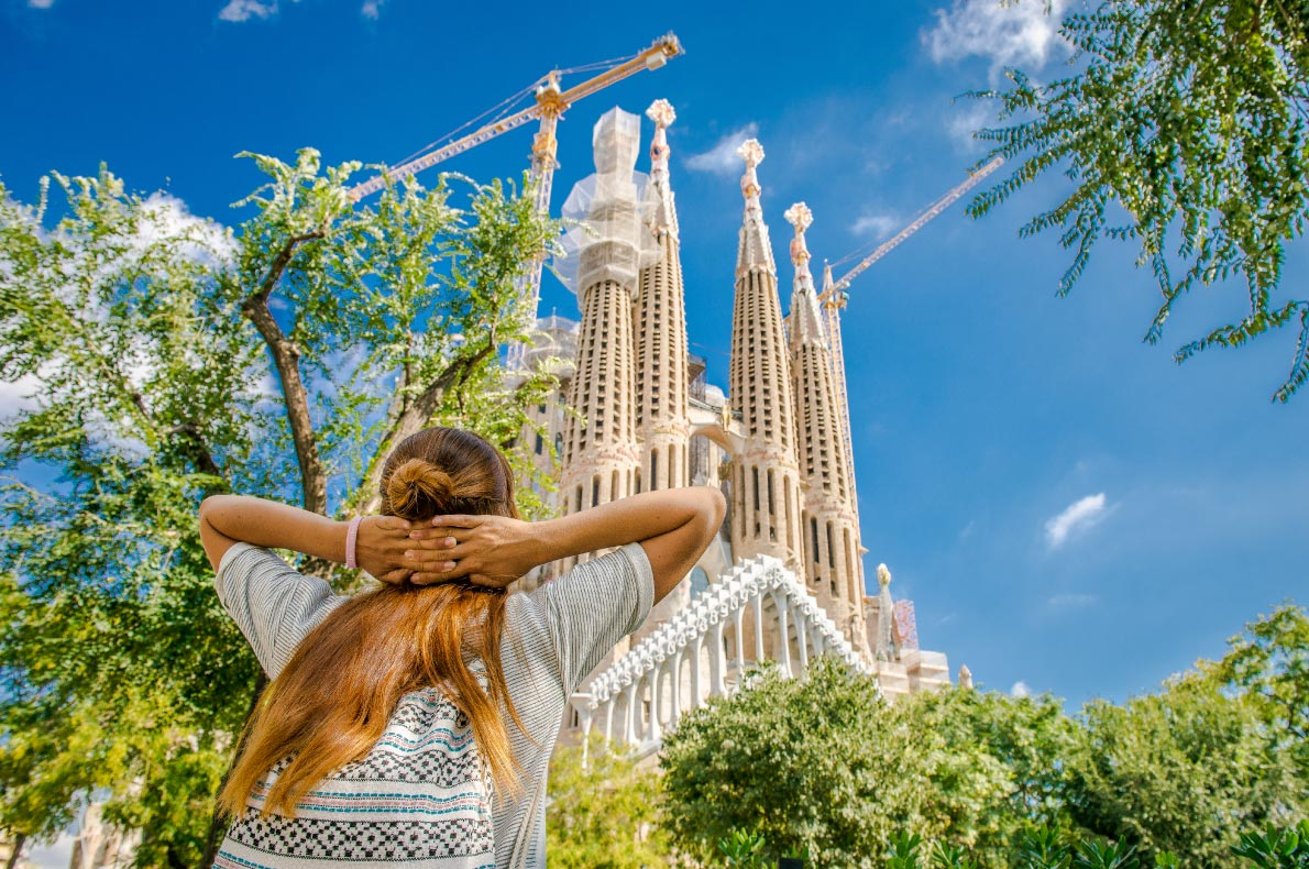Best thinjgs to do in Spain - Sagrada Familia - Copyright Nataliia-Budianska - European Best Destinations