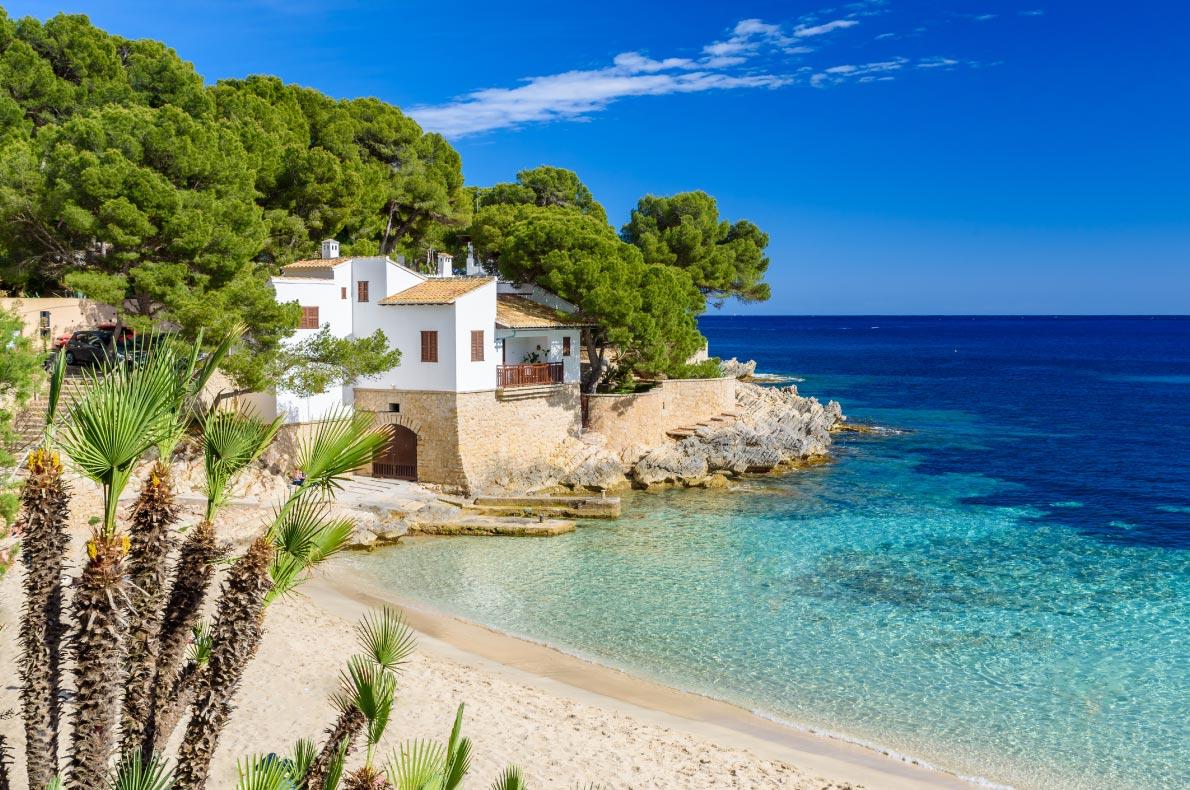 Best beaches in Spain - Cala Gat at Rajada, Mallorca - Copyright  Simon Dannhauer  - European Best Destinations
