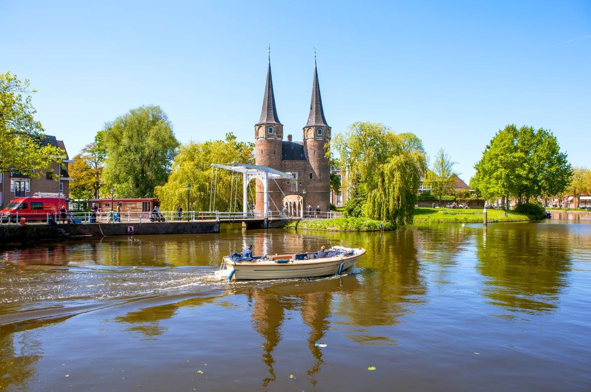 Best castles in The Netherlands - Eastern Gate in Delft -  Oostpoort in Delft  - Copyright Sergei-Afanasev - European Best Destinations