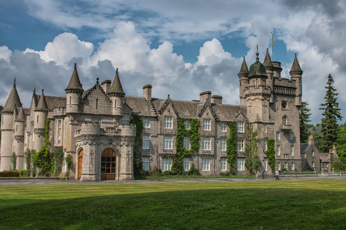 Best things to do in Scotland - Balmoral Castle copyright  Jacinto Marabel Romo  - European Best Destinations