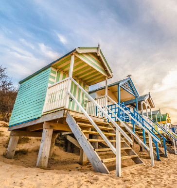beautiful-beach-huts