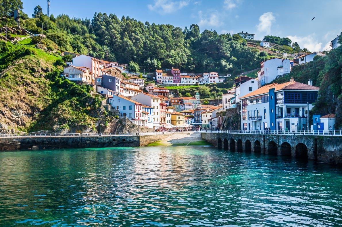 Best hidden gems in Spain - Cudillero Copyright  Lukasz Janyst    - European Best Destinations