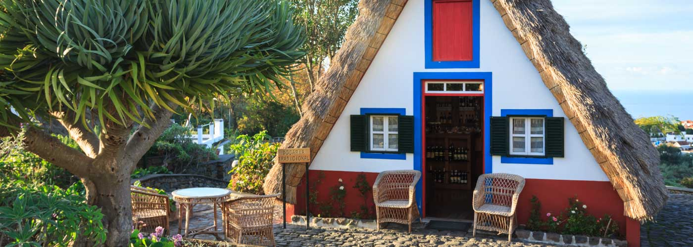 santana-village-traditional-houses-madeira