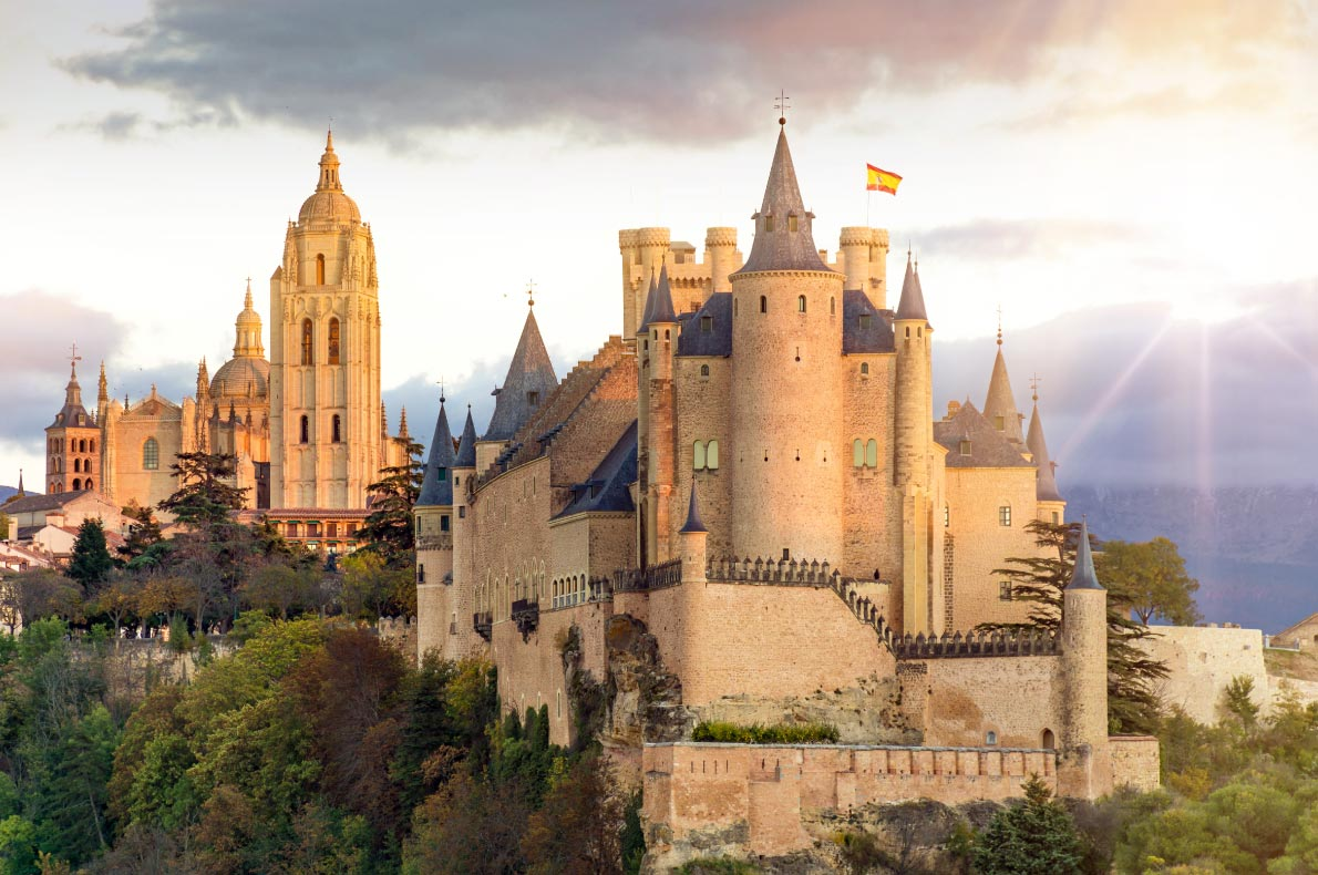 Best things to do in Spain - Segovia Alcazar copyright  Juan Enrique del Barrio   - European Best Destinations