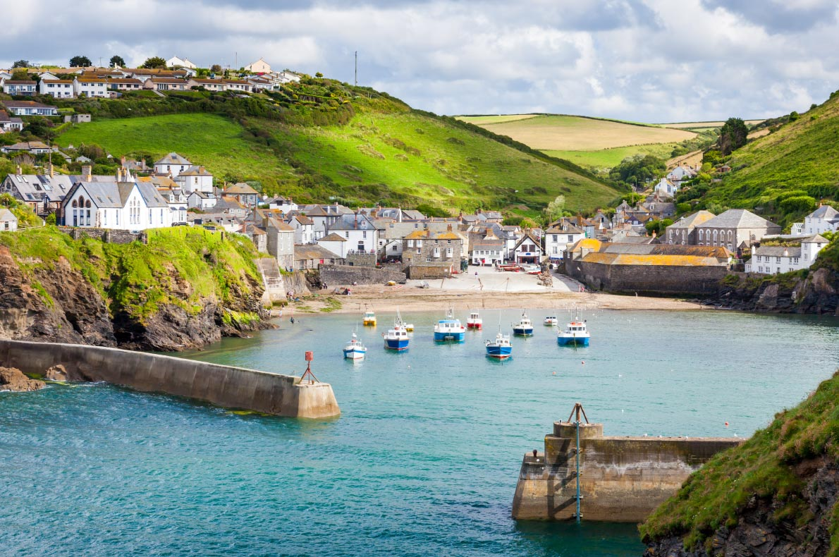 Best hidden gems in England - Port Isaac Copyright  ian woolcock -  European Best Destinations
