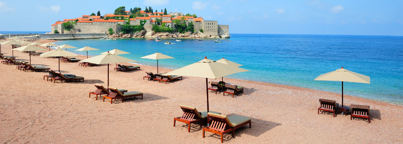 South of france beach resorts the best beaches in the world for Best beach resorts in the world