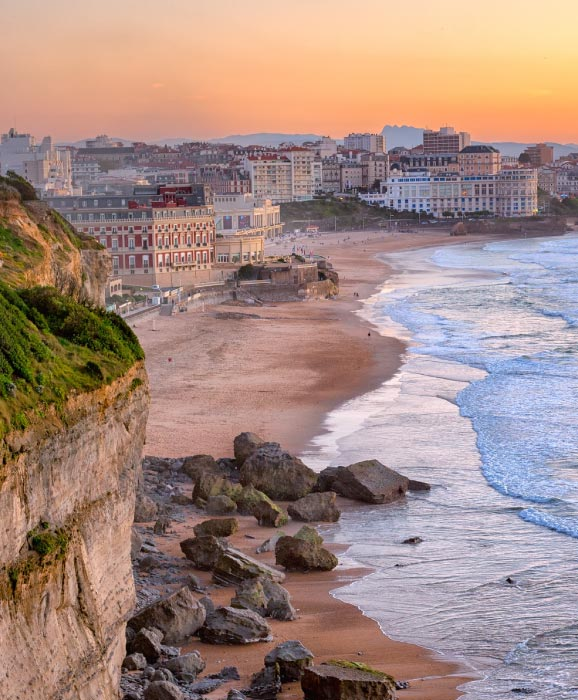Biarritz-romantic-destination-France