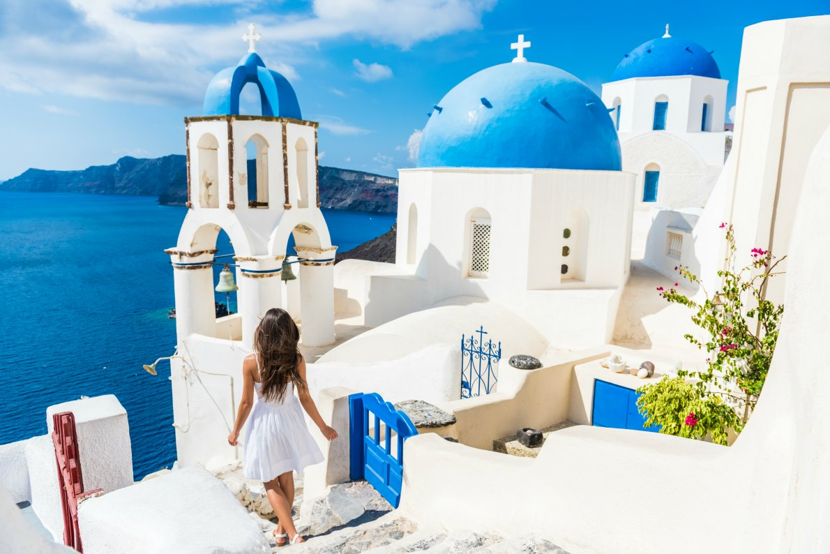 Best places to visit in Greece - Santorini copyright  Maridav - European Best Destinations