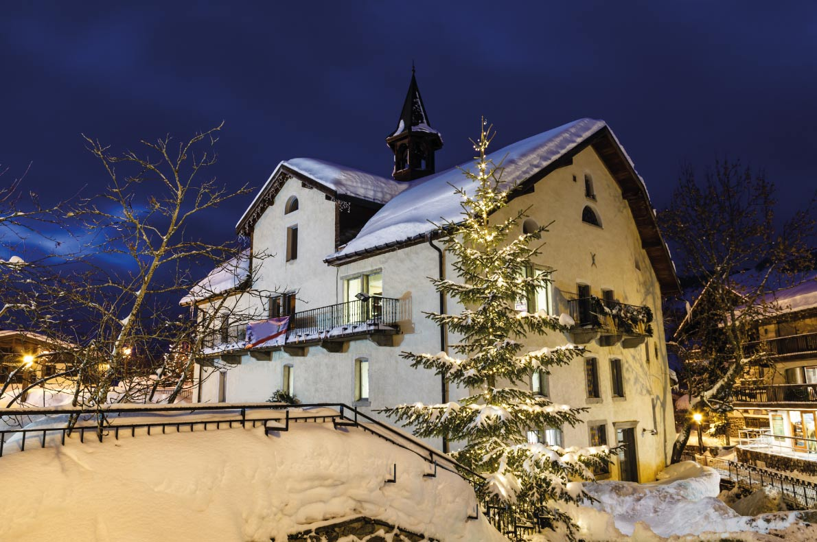 Luxurious Ski Resorts - Megeve - Copyright ansharphoto - European Best Destinations
