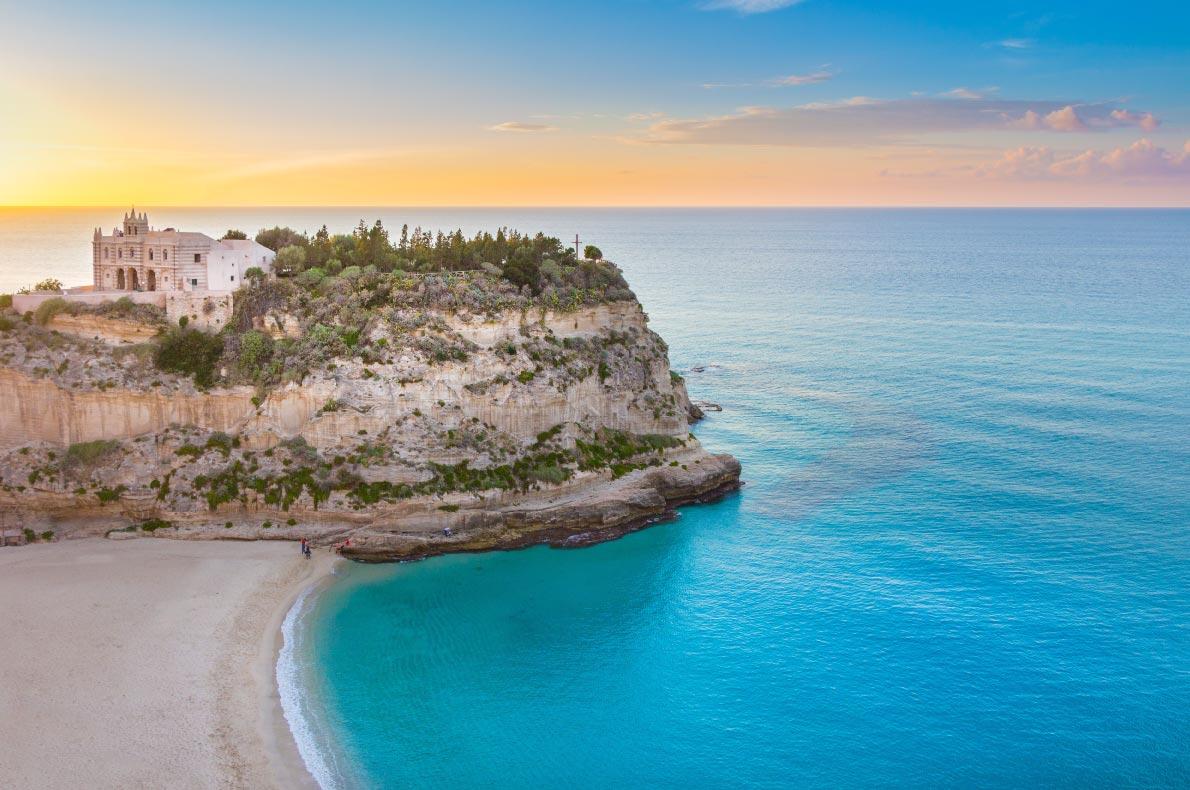 Best beaches in Italy - Tropea Beach - copyright lebasi0601 - European Best Destinations
