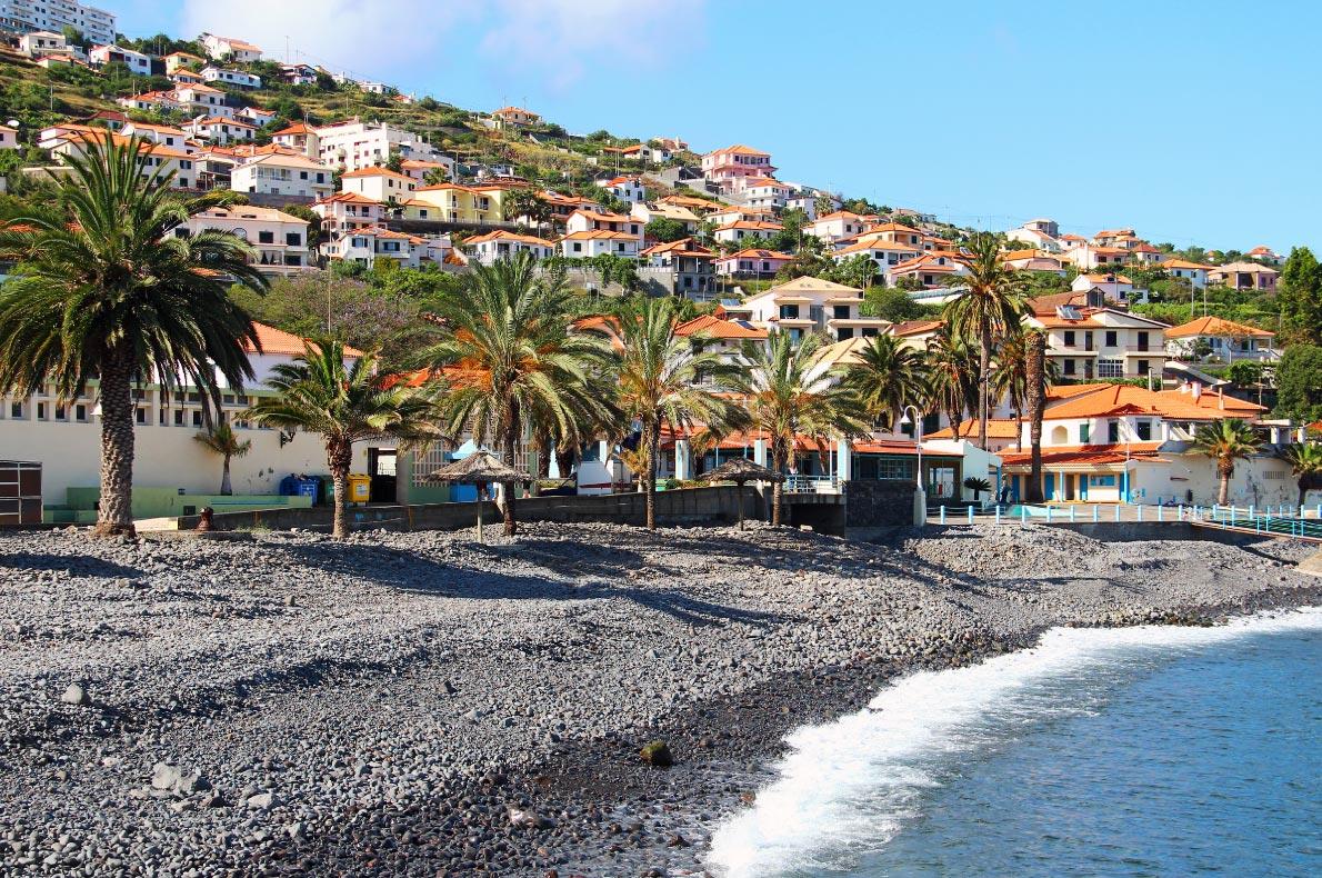 Best Beaches in Madeira - Santa Cruz Beach - copyright karnizz
