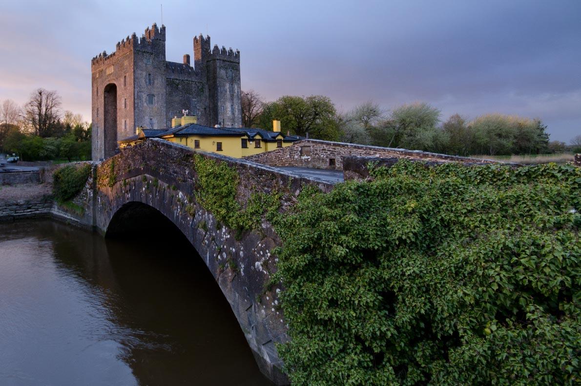Best castles in Ireland - Bunratty Castle copyright  Piotr Machowczyk - European Best Destinations