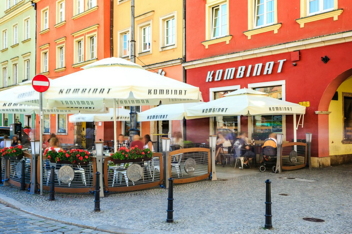 Best bars and restaurants in Wroclaw - Kombinat Bar Wroclaw