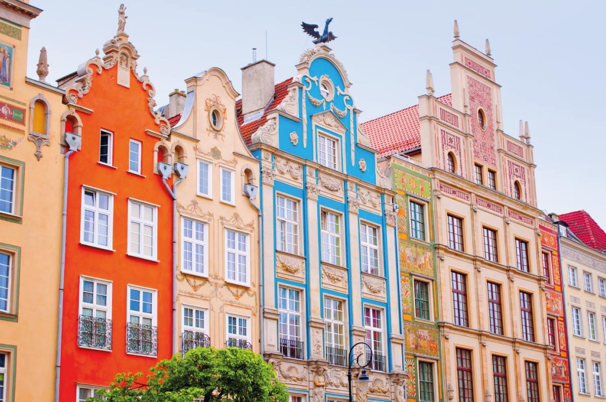 Safest destinations in Europe - Gdansk -  Colorful houses in Gdansk, Poland - Kite_rin