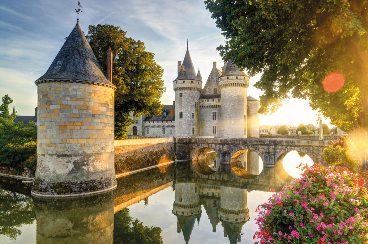 Sully-sur-Loire - Best medieval destinations in Europe - Copyright Viacheslav Lopatin - European Best Destinations