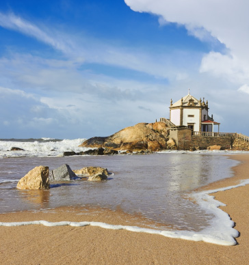 best-beaches-in-porto-and-gaia