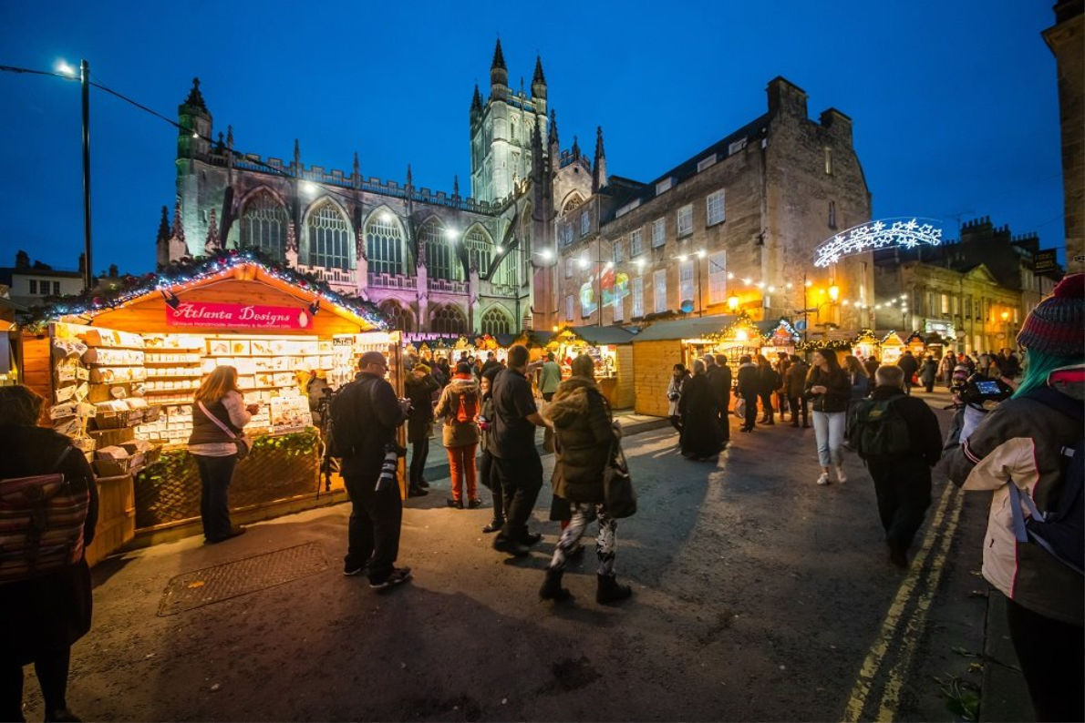 Best things to do in England - Bath Christmas Market - European Best Destinations