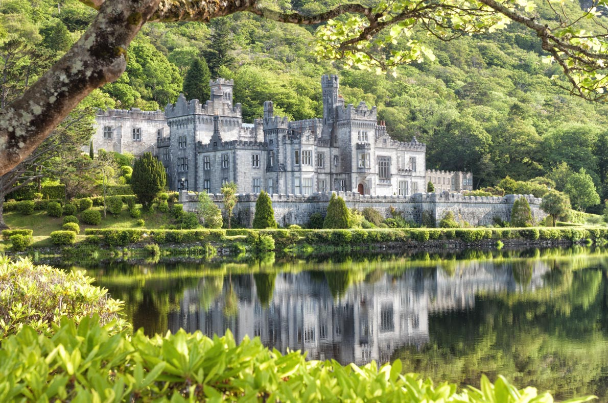 Best places to visit in Ireland - Kylemore Abbey - Copyright Lukasz Pajor - European Best Destinations