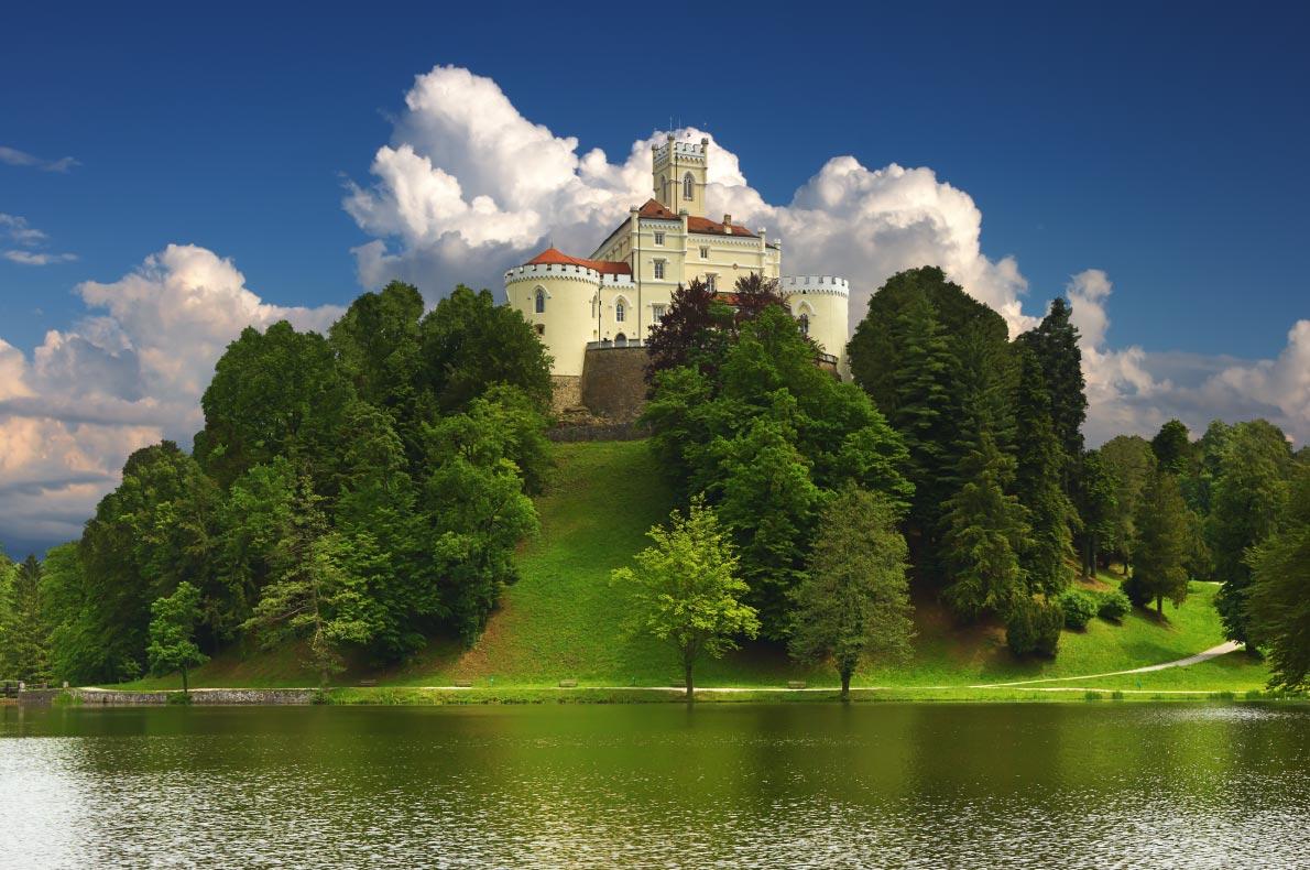 Best Castles  in Croatia - Trakoscan Castle - Copyright Phant - European Best Destinations